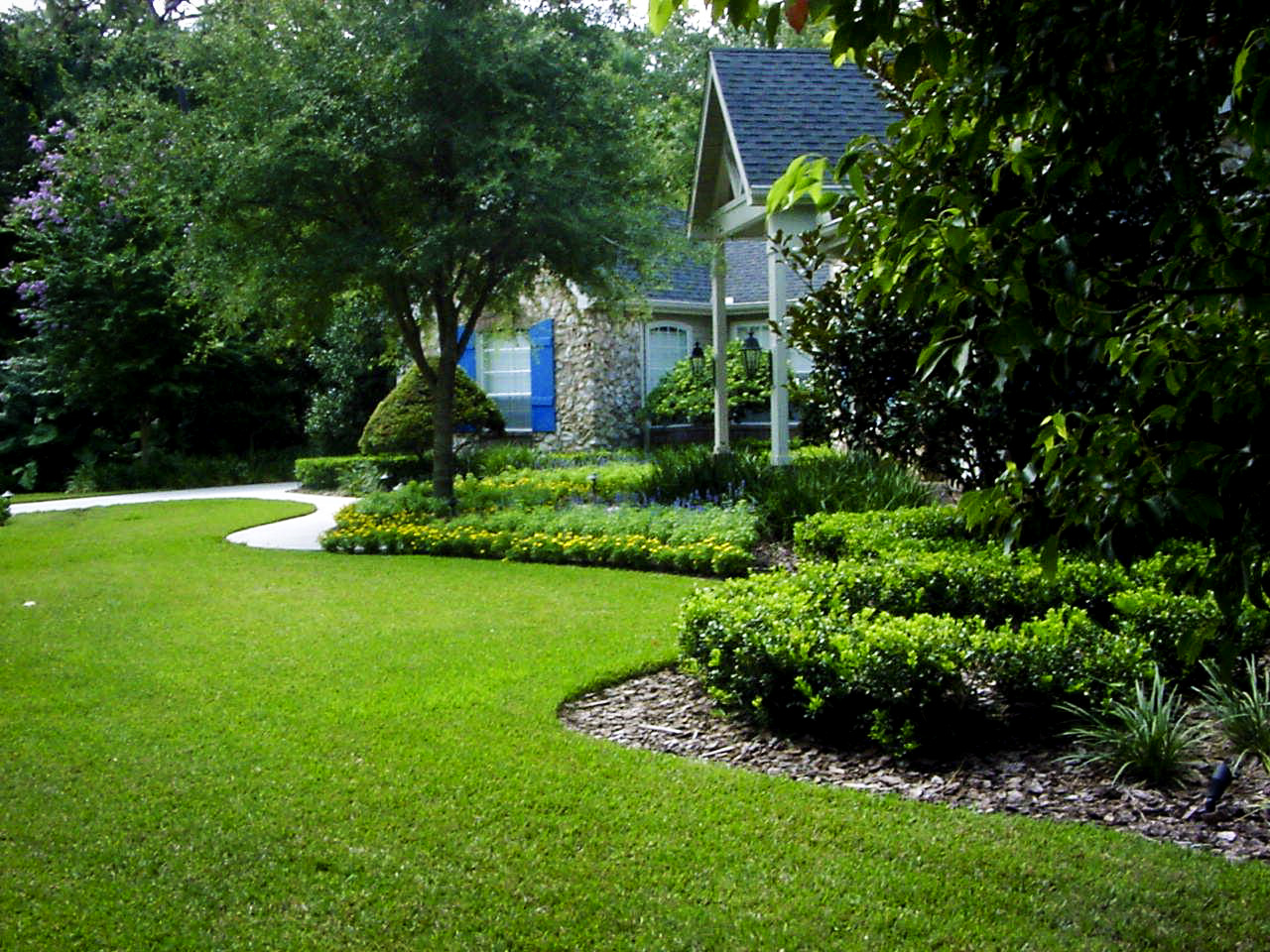 Serving marlboro nj and the surrounding area for Great garden designs
